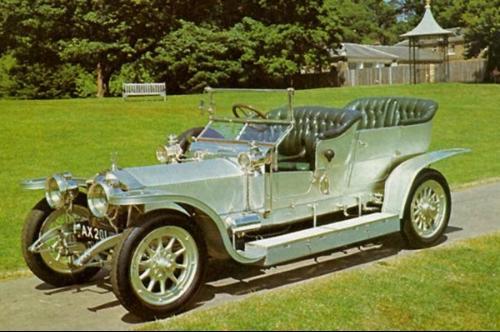 银魅却是将劳斯莱斯推向世界豪华顶级品牌的最大功臣,劳斯莱高清图片