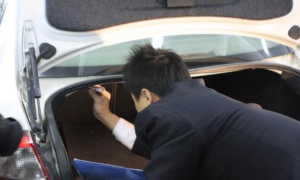 汽车估损师主要从事 车辆保险公司定损,公估公司