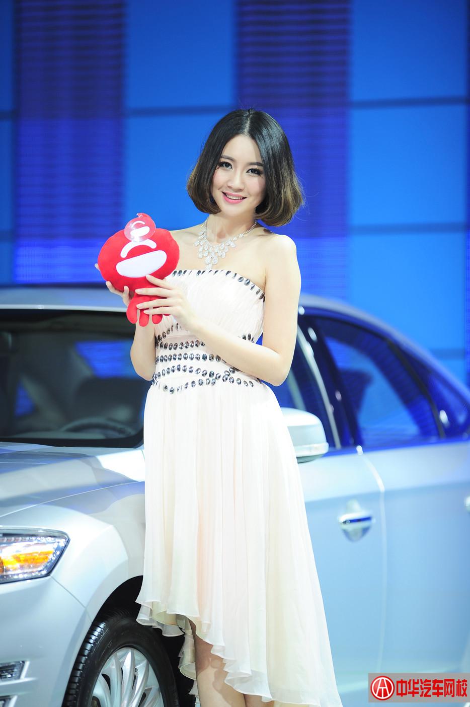 2013年广州车展福特车模 —— 黄丽静雯