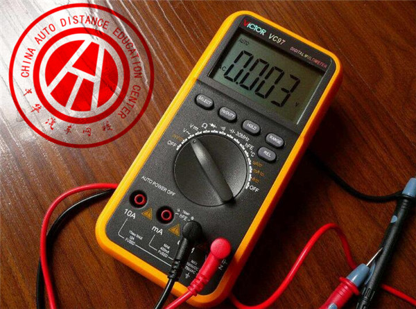 电压电流电阻_万用表可以测量什么?有哪些注意事项?_中华汽车网校